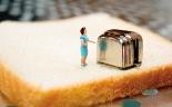 toaster_tinylady